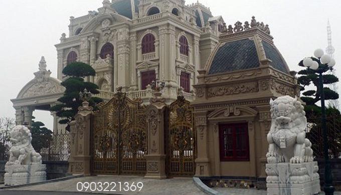 Mẫu biệt thự cổ điển đẹp kiêu xa12