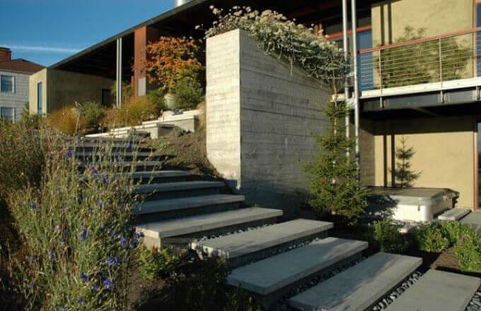 Mẫu 01: Thiết kế cầu thang ngoài trời