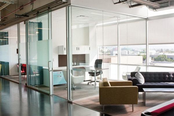 Thiết kế nội thất đẹp văn phòng làm việc Youtube. Ảnh 07